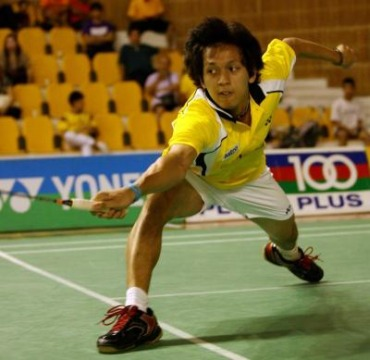 <b>Making his mark:</b> Misbun Ramdan nailed his first local title by upsetting Mohd Arif Abdul Latif in the men's singles final of the Pahang Open in Kuantan Saturday.