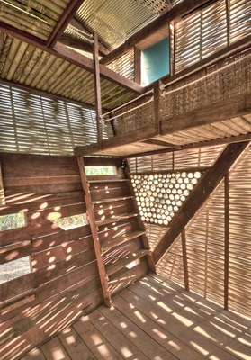 The interior of the Soe Ker Tie House shows off the pleasing arrangement of locally-sourced natural materials.