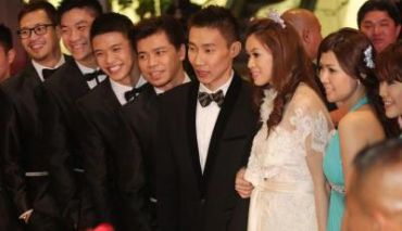 Chong Wei and Wong Mew Choo looking fabulous during a photo session at the wedding reception