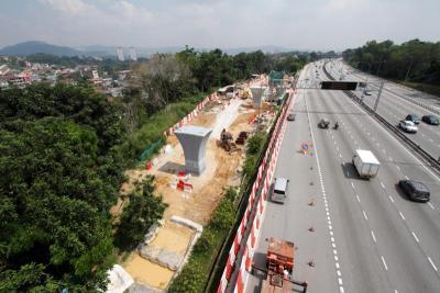 The KVMRT SBK line under construction.