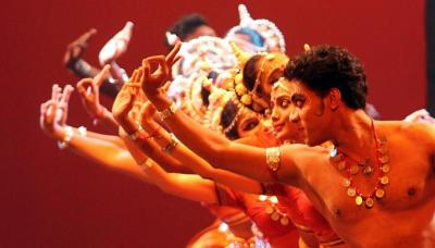 Hypnotic: Pallavi, one of the productions in Sutra Foundation's dance festival Tarikan! — RICKY LAI/The Star