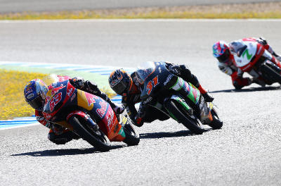 <b>Impressive show:</b> Zulfahmi Khairuddin (No. 63) of Red Bull KTM Ajo leading Niklas Ajo (No. 31) of Avant Tecno and Efren Vazquez (No. 7) of Mahindra Racing