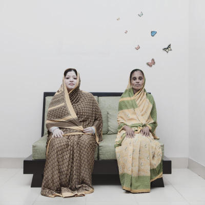 In Close Distance, Jannatul Mawa depicts 57-year-old Anjumanara (left), a housewife living in a middle class neighbourhood with 50-year-old Jibonunneesa, a home servant of hers for the past 10 years. Keeping a home servant is a common scenario among both middle and upper classes in Dhaka, Bangladesh.